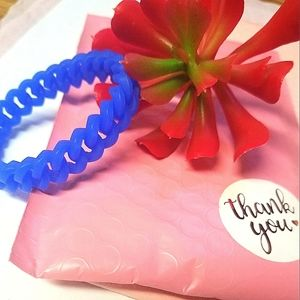 ❤3for20$.Blue silicone braided bracelet
